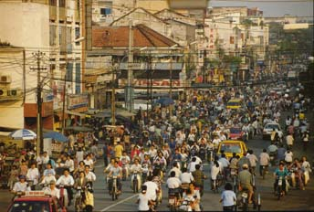 Picture: Busy Saigon Street